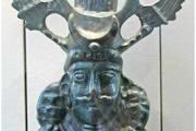 Szászánida-kori bronzból készült uralkodói mellszobor