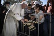 Ferenc pápa leszboszi látogatása – Empátia és példamutatás